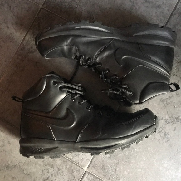 All black ACG Nike Boots - Size 12 mens